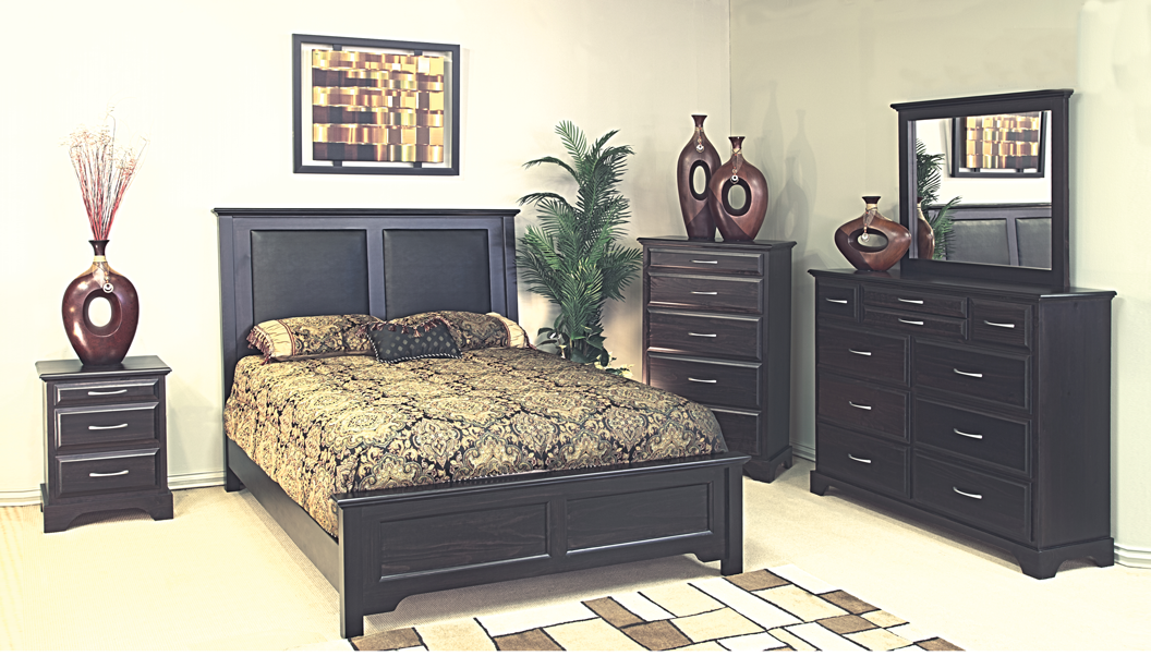 Symphony collection bed pine
