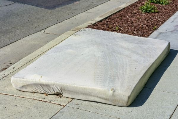 mattress disposal on the street